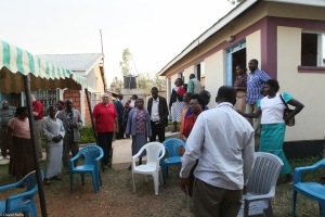 Pastors and their wives following the PLI-I conference at Oyugis, Kenya