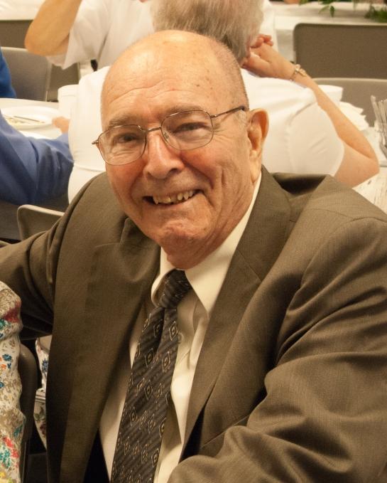 Robert E Dolan October 1, 1926 - August 26, 2015